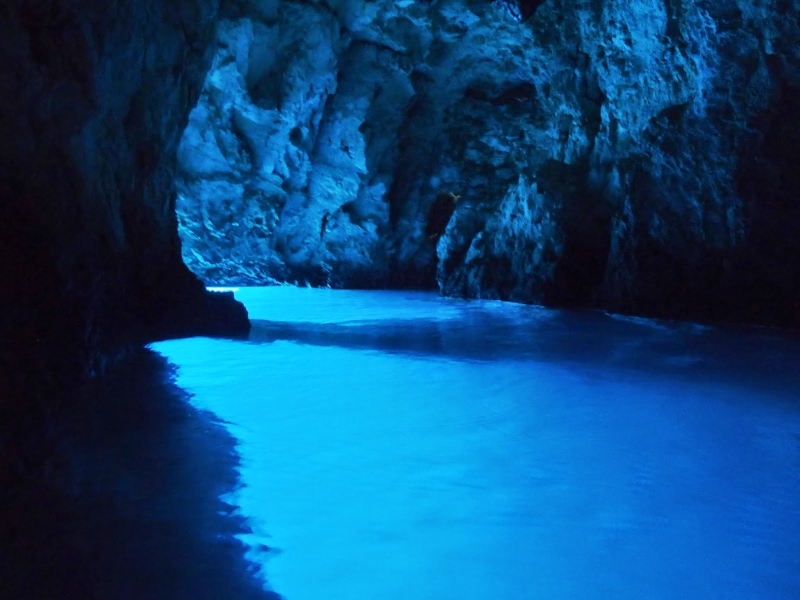 THE ROUTE IN DETAIL - THE BLUE CAVE, CROATIA  THE BIG SAIL