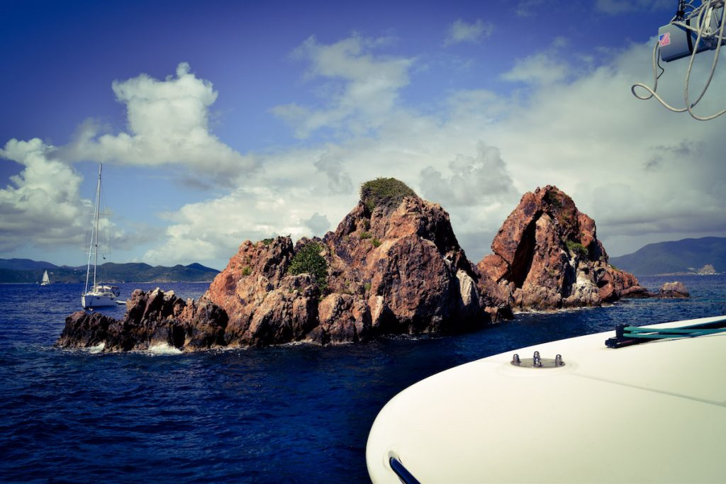 yacht-charter-norman-island